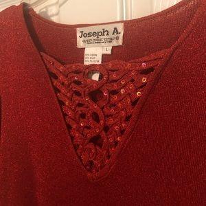 L Orange Shimmer stretchy blouse w/ sequin v-neck